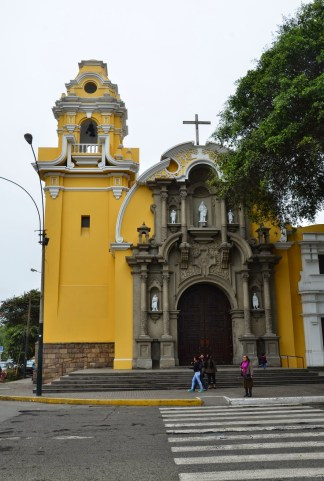Iglesia Santísima Cruz in Barranco, Lima, Peru