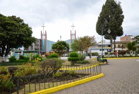 Parque Isidro Ayora in Tulcán, Ecuador