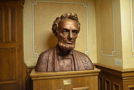 Bust of Abraham Lincoln at the Wyoming State Capitol in Cheyenne