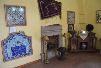 Replica Kütahya home at the Çini Müzesi in Kütahya, Turkey