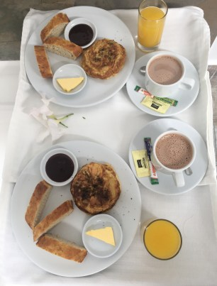 Breakfast at Jardines de la Alhambra in Pereira, Risaralda, Colombia