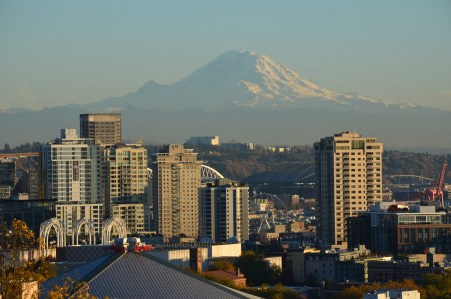 Mount Rainier from Kerry Park in Seattle, Washington