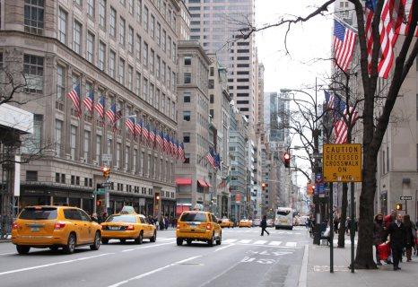 Saturday-shopping-5th-Avenue