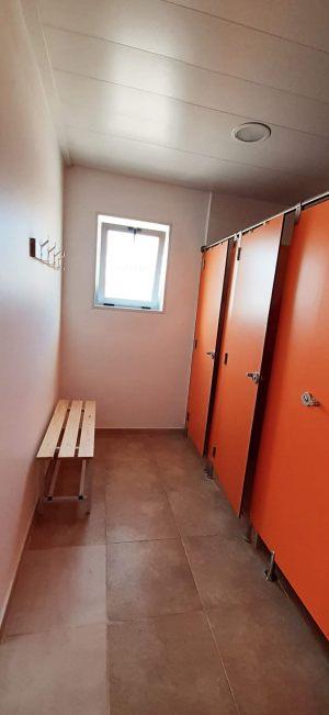Nomadic_baños