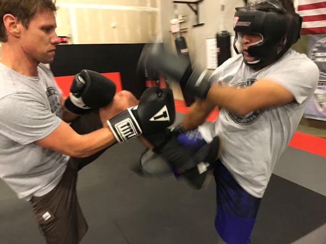 nomad-krav-maga-las-vegas-fighting-sparring-two-men