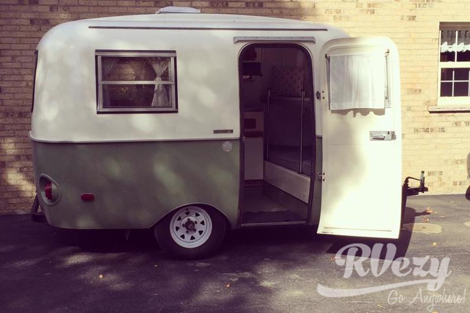 L'Olivia RVezy - Louer une van en famille avec enfants