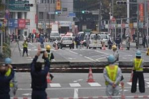 博多駅道路陥没事故の画像