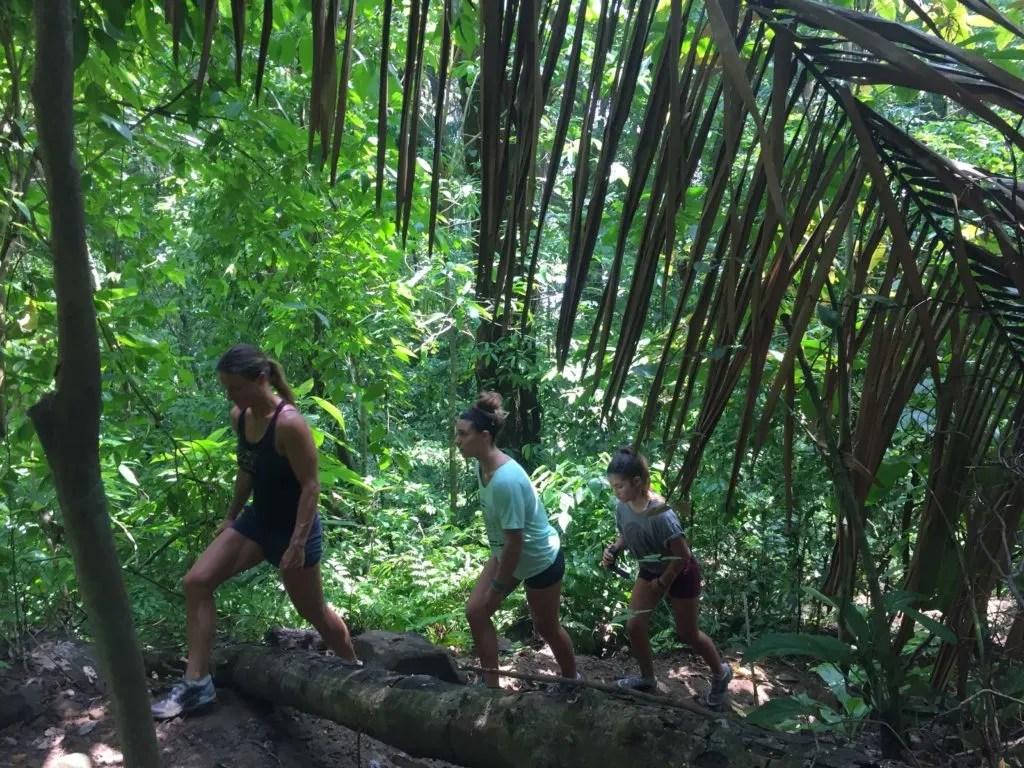 hiking pavones, Costa Rica