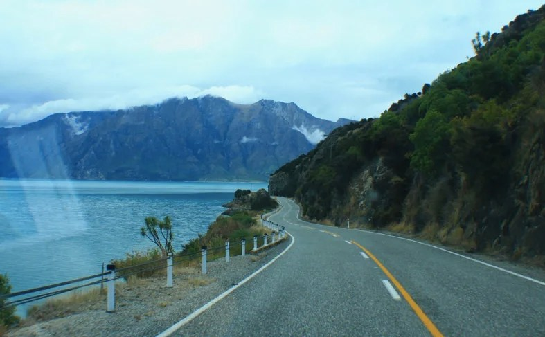 Driving into Wanaka, 5 Reasons to Visit Wanaka