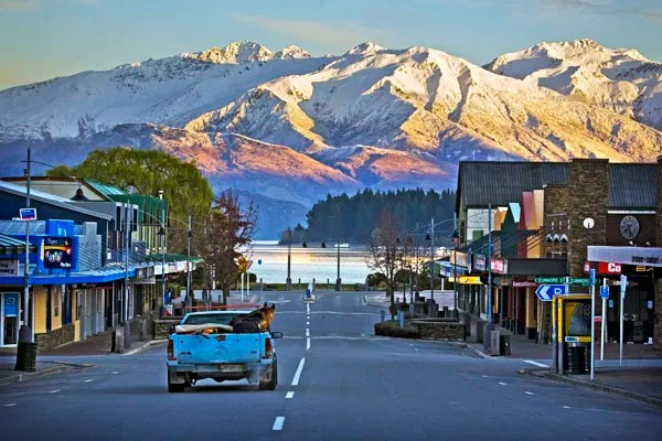 Wanaka town, 5 Reasons to Visit Wanaka
