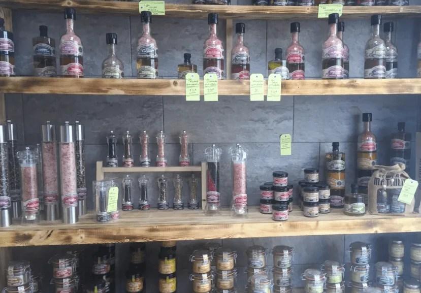 Artisan food shop in Luz-Saint-Sauveur