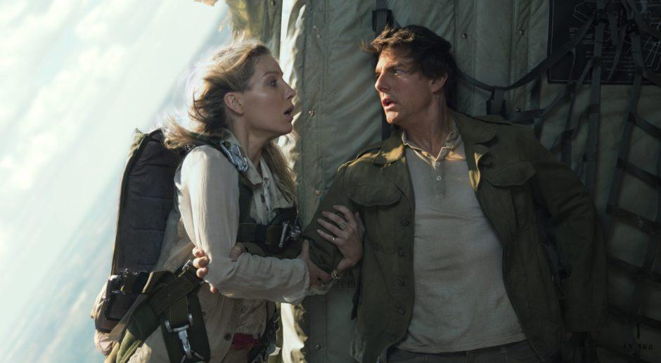 Tom-Cruise-Annabelle-Wallis-The-Mummy