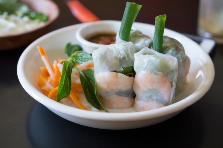 shrimp summer rolls - cyclo