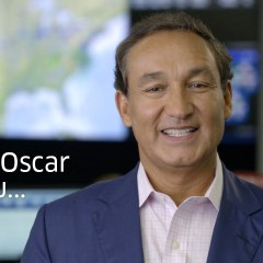 United Airlines CEO Oscar Munoz's Late Apology