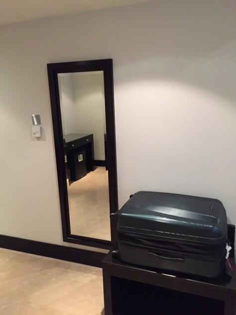 Holiday Inn Barsha Luggage Storage