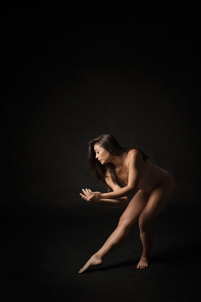Brittany Amoroso dancer in Nomee Studio wearing nude leo