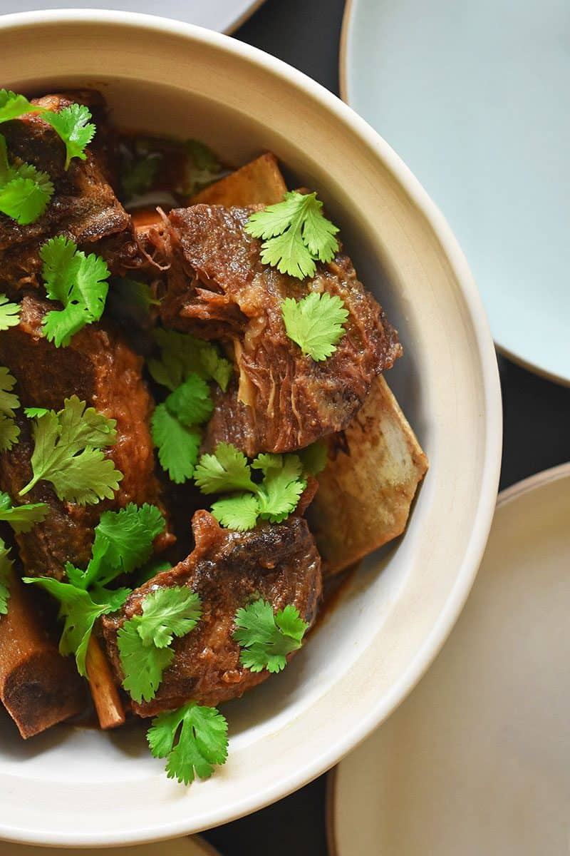 Instant Pot Korean Short Ribs by Michelle Tam http://nomnompaleo.com