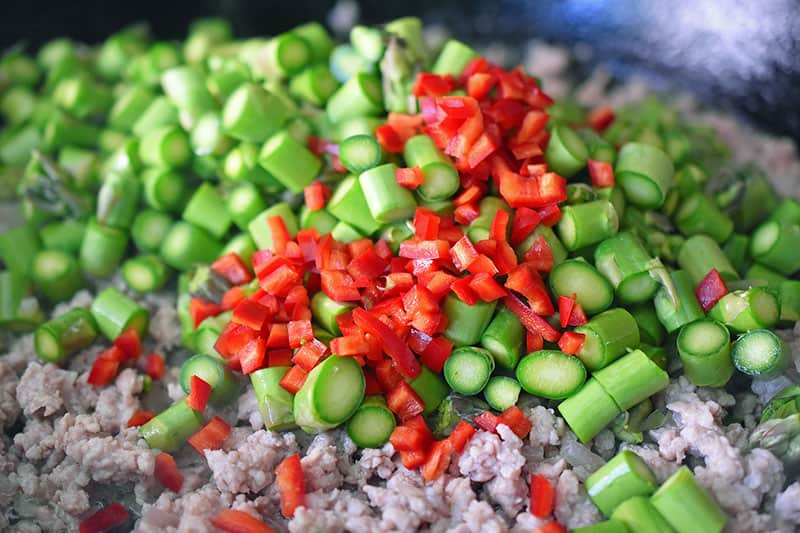 Spicy Pork and Asparagus Stir-Fry by Michelle Tam http://nomnompaleo.com
