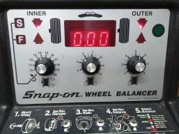 snap-on-tire-balancer-balanced-wheel.jpg