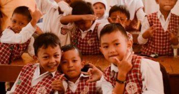 Anak sekolah.jpg e1592489490924