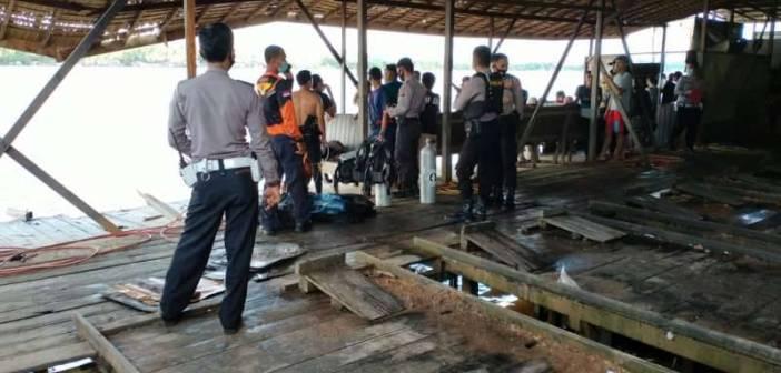 Mobil Double Cabin Beserta Karyawan Pencucian Tenggelam di Sungai Mahakam