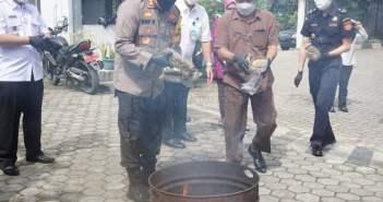Ganja 4,44 Kilogram dari Medan Gagal Edar di Samarinda