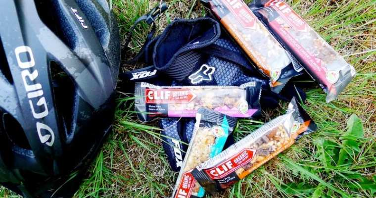 CLIF Organic Trail Mix Bar | Now In Canada