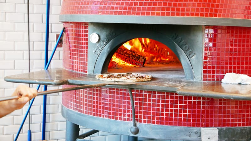 Spacca Napoli Pizzeria Napoletana Port Moody New Italian Pizza Place Instanomss Nomss Delicious Food Photography Healthy Travel Lifestyle Canada