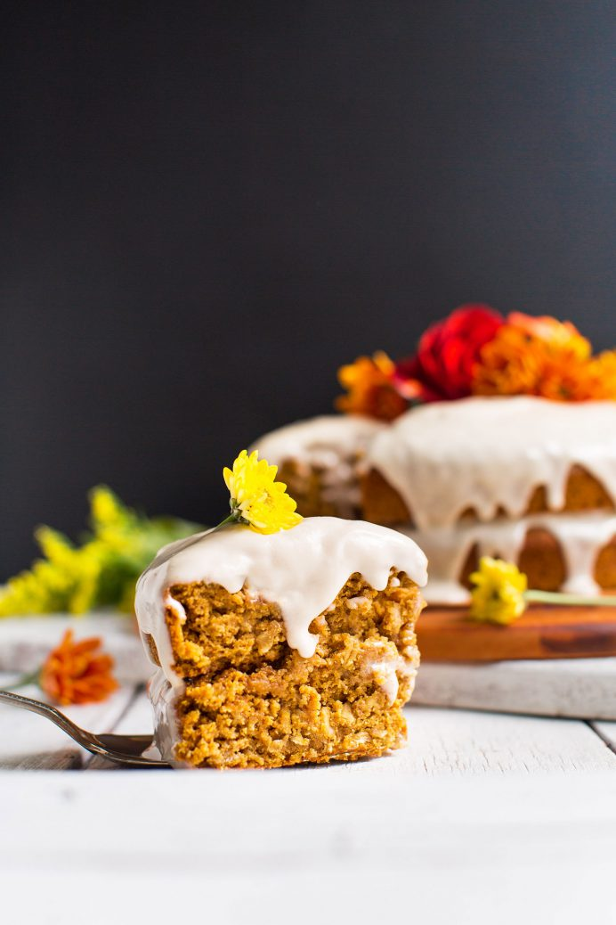 easy-1-bowl-pumpkin-cake-vegan-glutenfree-and-incredibly-flavorful-tender-and-perfect-for-fall-pumpkin-cakes-recipe-autumn