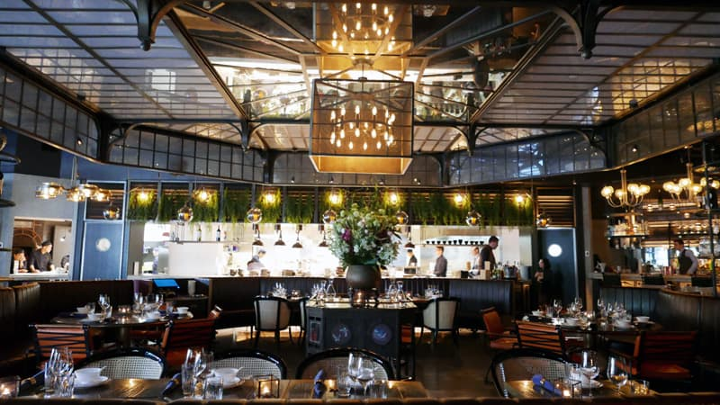 Mott 32 Vancouver | Hong Kong's 卅二公館 Chinese Restaurant Trump International