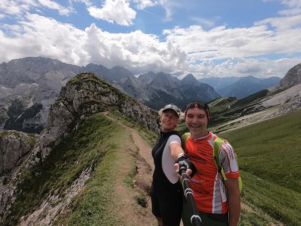 Gabi und Lars radeln zum tiefsten und höchsten Punkt Deutschlands
