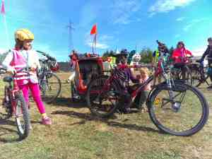 vélo cargo enfant à vélo