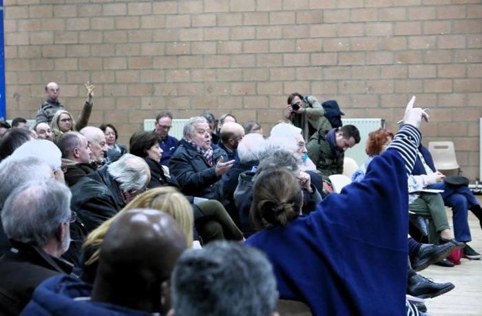 réunion du 7 mars à Aulnay-sous-Bois - Crédits photos @Guido Barbisan