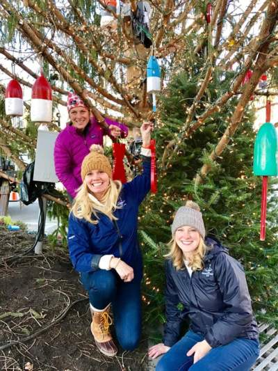 Kennebunkport Maine Christmas Prelude tree decorating