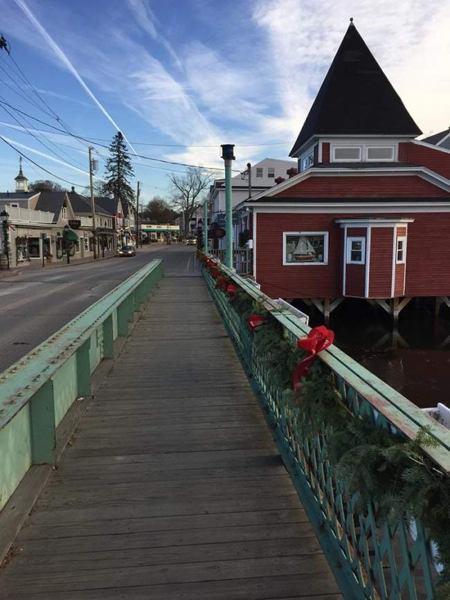 Kennebunkport resort local attraction town square