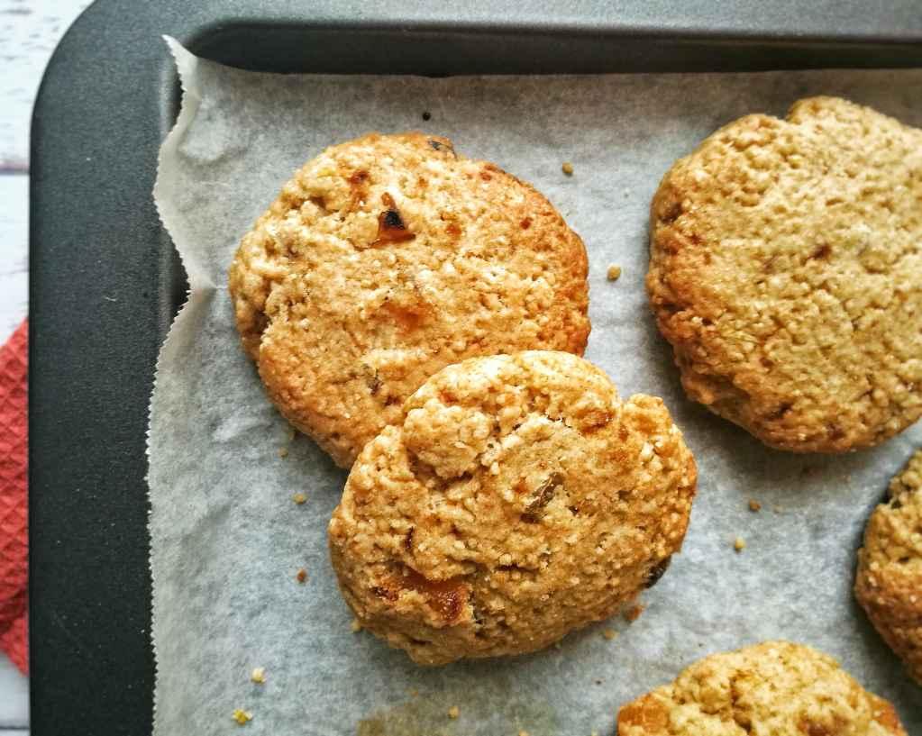 Biscotti di cous cous integrale, al limone ed albicocche secche: Ingredienti - Non Chiamatela Dieta