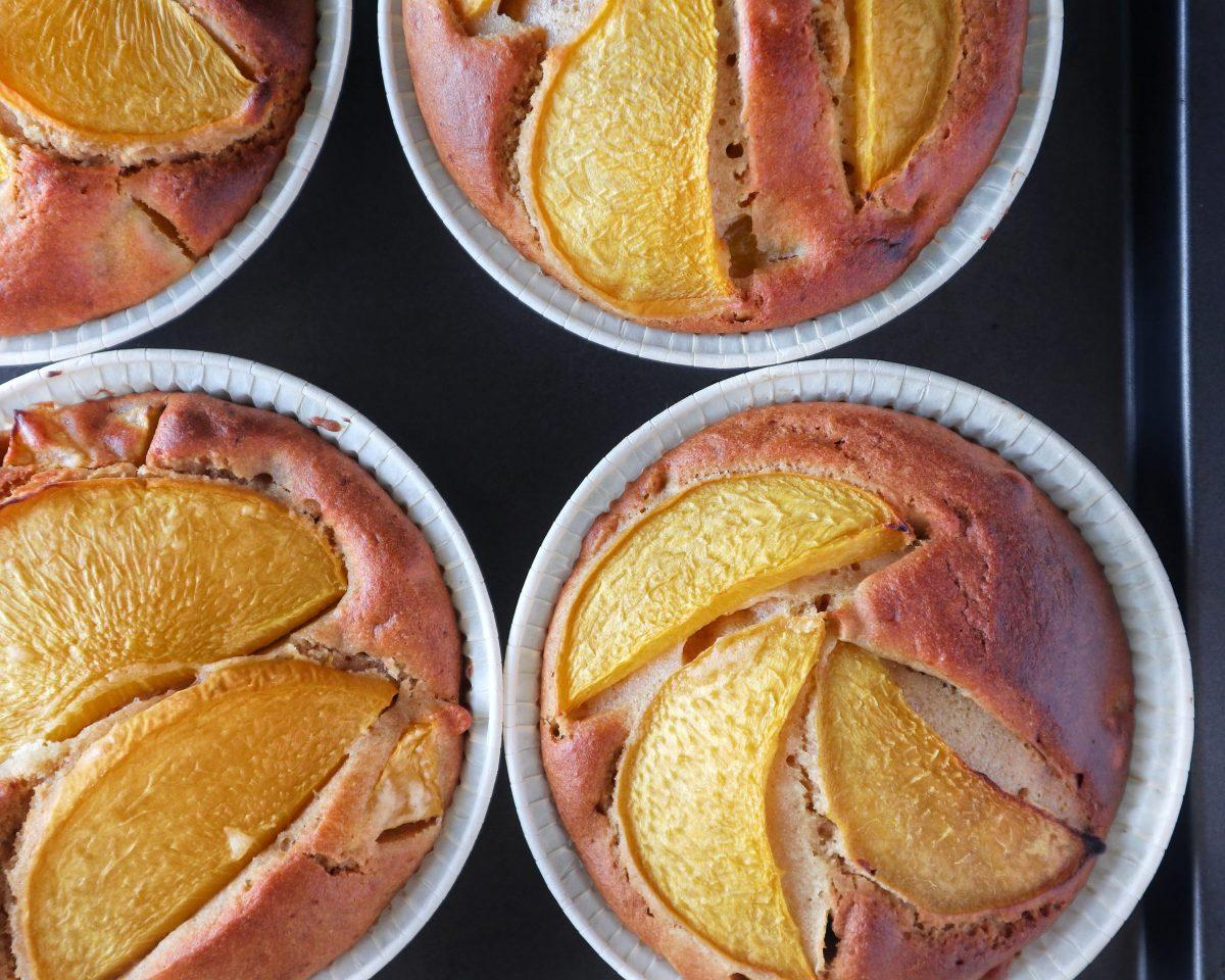 Ricette Dolci: Torta monoporzione Mandorle e Pesche - Non Chiamatela Dieta