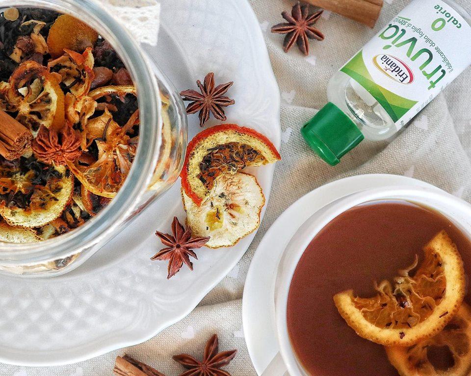 Infuso frutta, spezie e Truvia: Preparazione - Non Chiamatela Dieta
