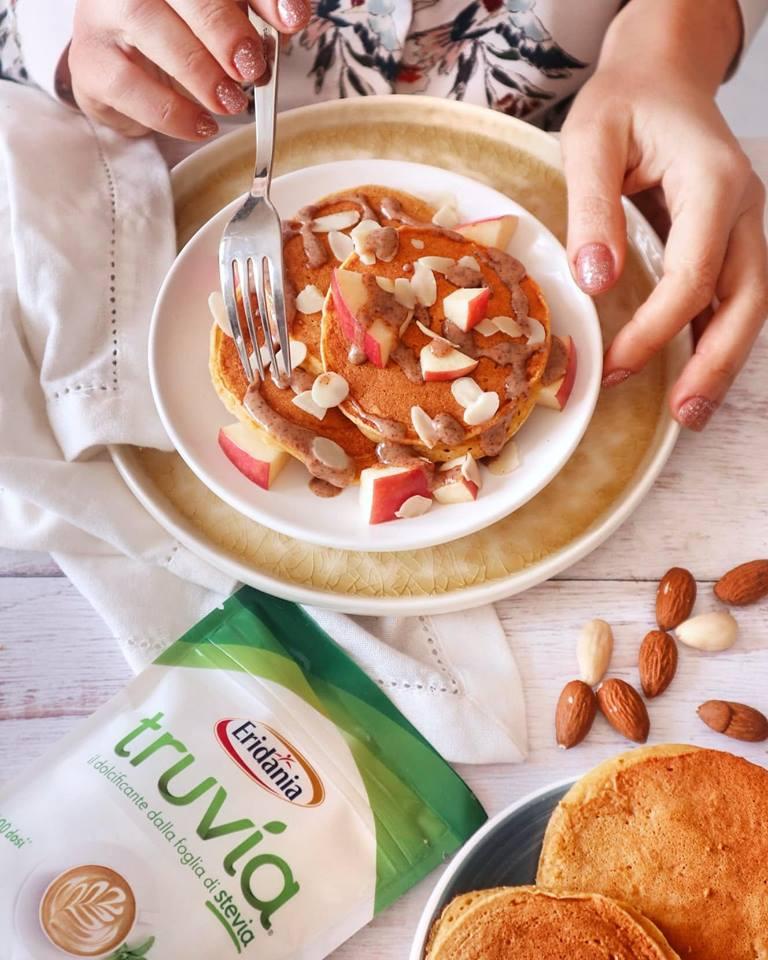 Pancakes alla zucca, Truvia e crema di mandorle - Non Chiamatela Dieta