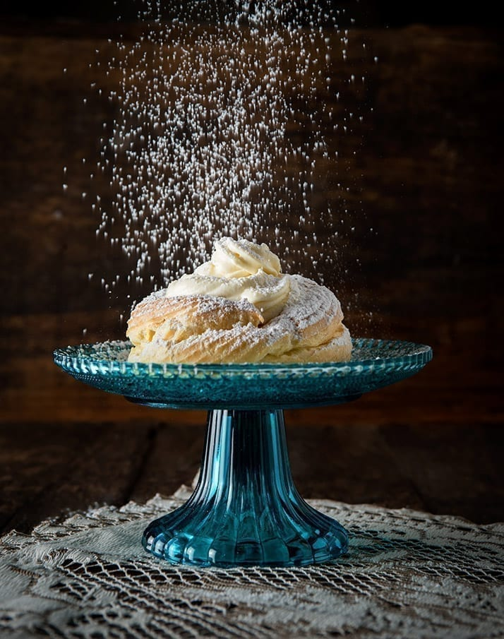 Light and easy to make choux pastry filled with venetian cream. A popular dessert on Saint Josephs Day.