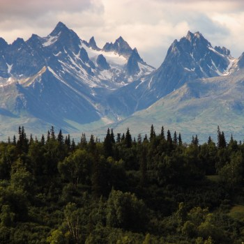 Pass Bureau Spotlight: Era Alaska- Your Key to Experiencing Alaska