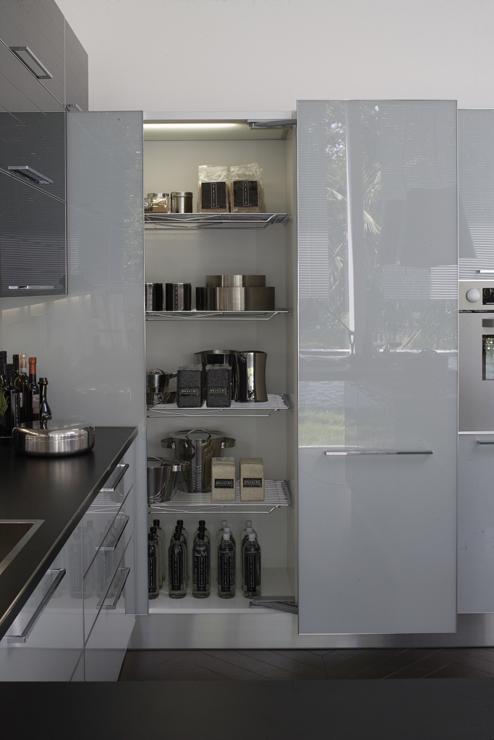 Sfruttare gli angoli della cucina si puo ecco le soluzioni di Veneta Cucine  Non solo mobili