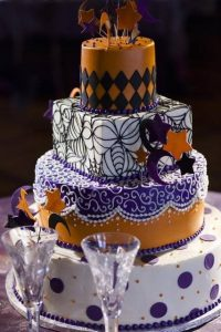 original-halloween-wedding-cakes-32