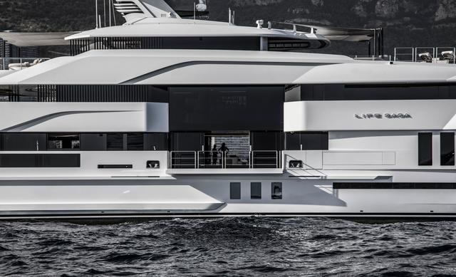 Admiral: Life Saga finalista ai Boat International Design Awards 2020