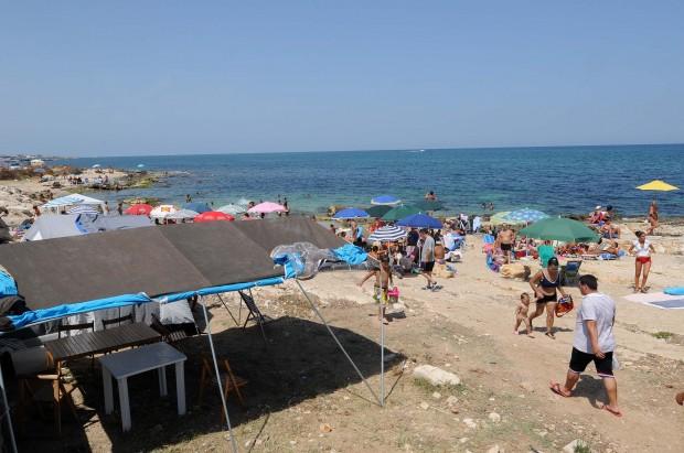 Bari, scoperto ordigno bellico sugli scogli a San Giorgio