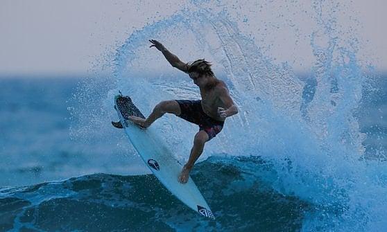 Liguria, in consiglio regionale le richieste dei surfisti