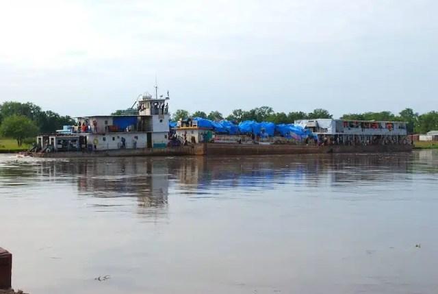 In nave sul Nilo Bianco