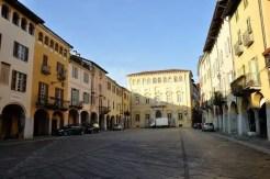 Piazza Cisterna, Biella Piazzo