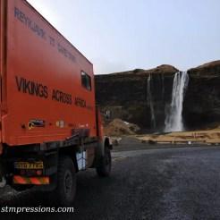 Il camion a Seljalandfoss