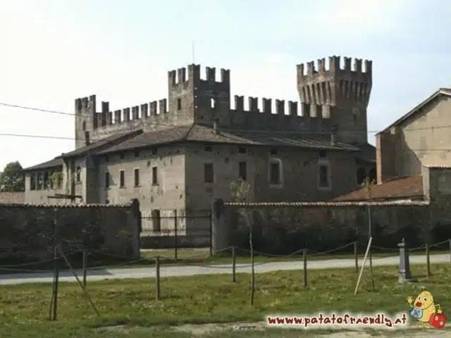 Il Castello di Malpaga a Bergamo
